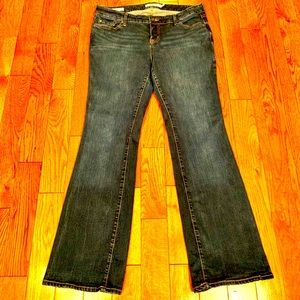 TORRIED RELAXED BOOT CUT JEANS SIZE 14R
